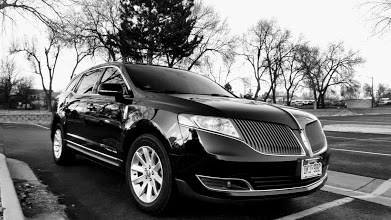 Boulder car service & limo services to DIA